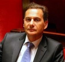 Eric Besson : 900 millions d'euros pour les réseaux d'initiative publique