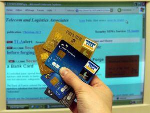 Cartes bancaires : les fraudes progressent en France