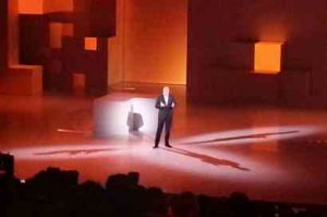 St�phane Richard annonce les produits grand public de France T�l�com pour 2013