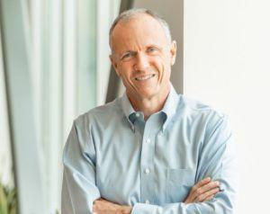 Tom Gillis (VP réseau et sécurité VMware) : « Le SDN a un pouvoir évident de transformation