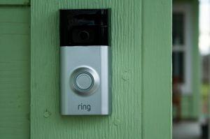 Ring adopte l'A2F et suspend les trackers tiers de son app mobile